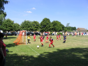 Football-Drayton-School-v-Lesparre-School